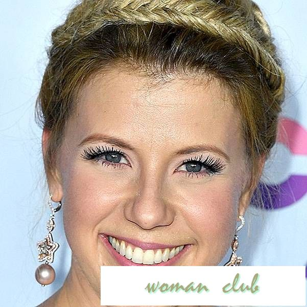 Jodie Sweetin Is Rocking a Cool New Hair Hue Stephanie Tanner Would DEFINITELY Approve Of
