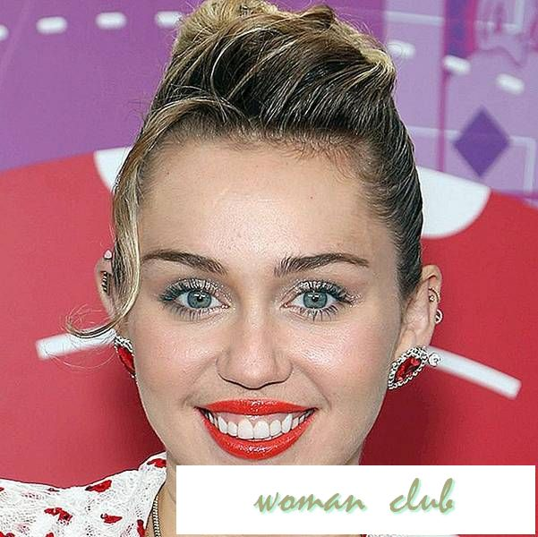 "Miley Cyrus Says Years Starring Som ""Hannah Montana"" gjorde ""Extreme Damage"" til hennes psyke"